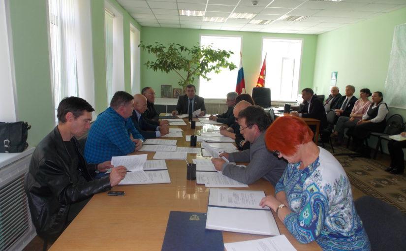 С сессии районного Совета депутатов