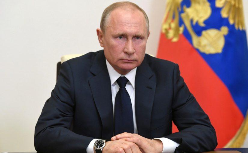 Владимир Путин предложил вдвое повысить размер пособия по уходу за ребенком