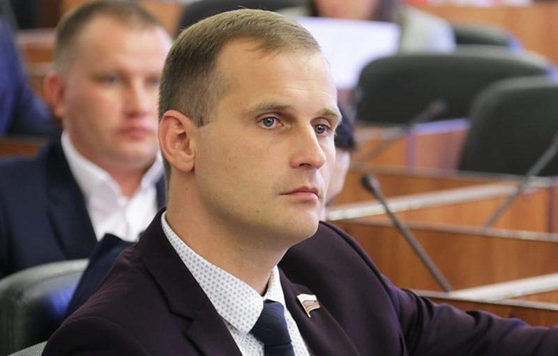 Сенатор Сергей Леонов категорически против ужесточения правил проверки результатов ЕГЭ