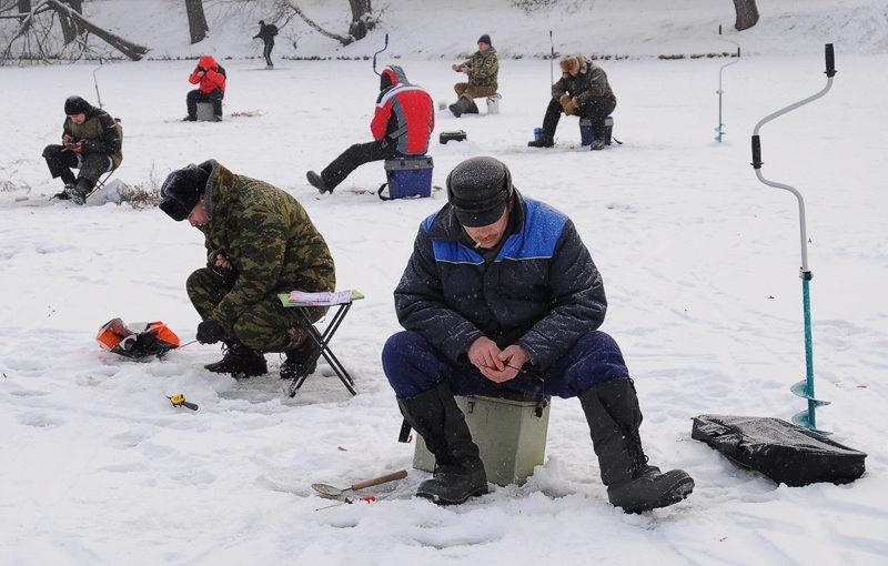 Правила поведения и безопасность во время зимней рыбалки