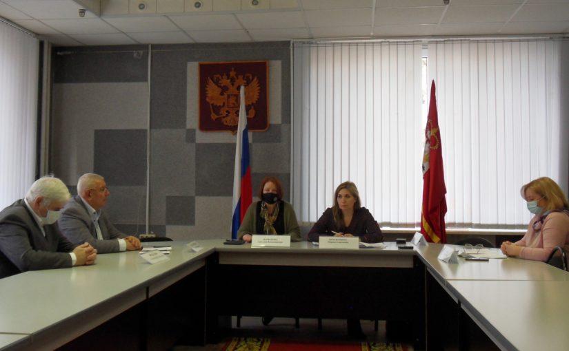 В Смоленске прошла пресс-конференция для представителей смоленских СМИ, посвященная вопросам подготовки общественных наблюдателей в регионе