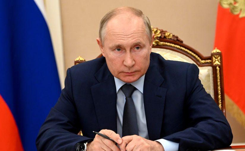 Владимир Путин заявил, что число довольных качеством медицинской помощи россиян должно расти
